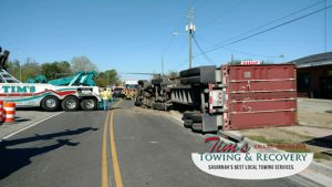 Semi Truck Rush Hour            Catastrophe Narrowly Averted by Tim's Heavy Towing 4