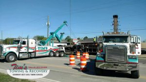 Semi Truck Rush Hour            Catastrophe Narrowly Averted by Tim's Heavy Towing 3